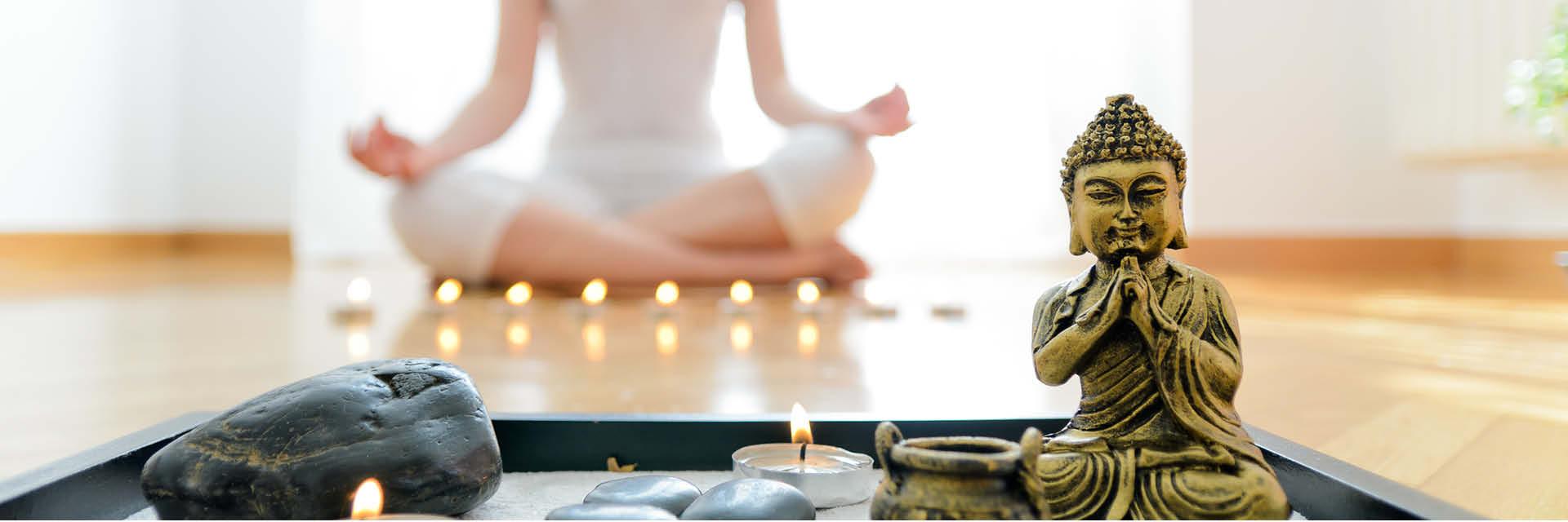 6 Einrichtungstipps Fur Einen Entspannten Yoga Platz Zu Hause