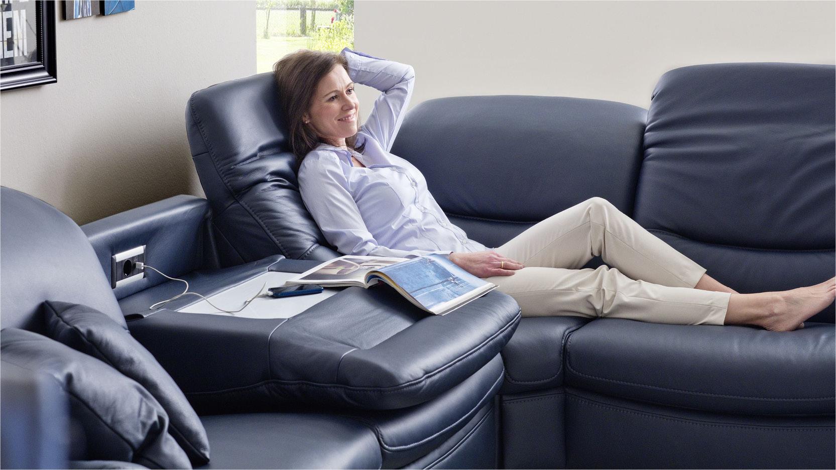 akador das perfekte Sofa