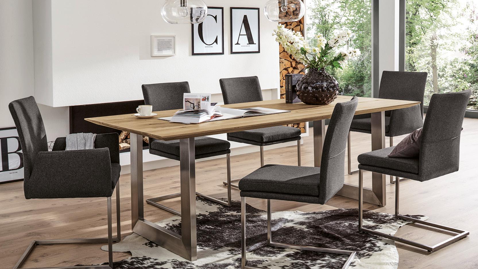 der richtige esstisch m bel beyhoff aus bottrop. Black Bedroom Furniture Sets. Home Design Ideas