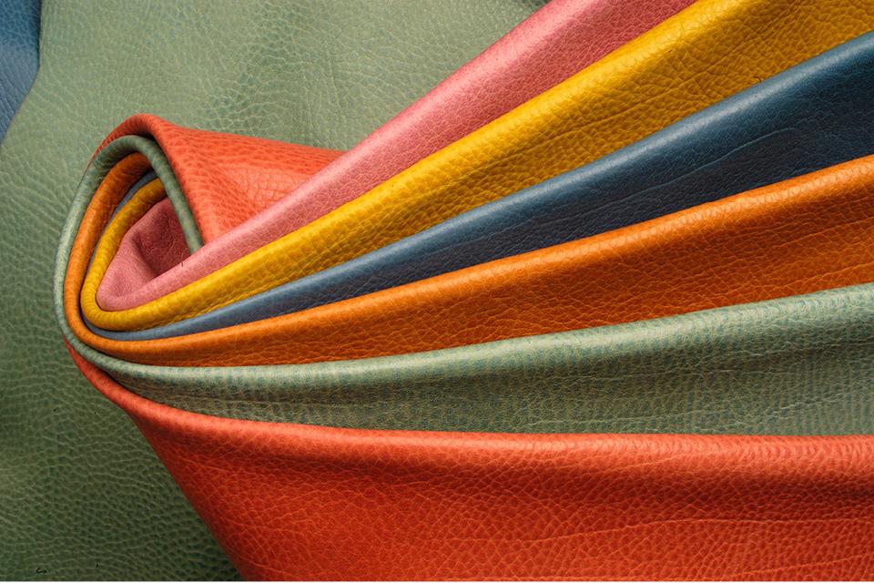 Anilinleder, Semianilinleder und pigmentiertes Leder