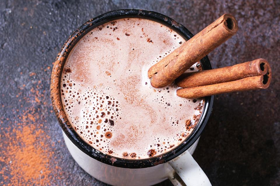 Mit heißer Schokolade besser Schlafen